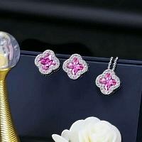 Van Cleef & Arpels Quality Necklace & Earrings #343301