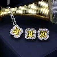 Van Cleef & Arpels Quality Necklace & Earrings #343302