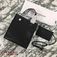 Givenchy AAA Quality Handbags #389917