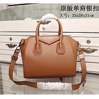 Givenchy AAA Quality Handbags #389955
