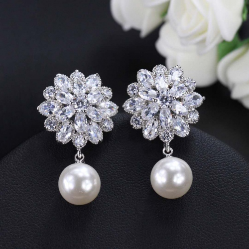SWAROVSKI AAA Quality Earrings #398070