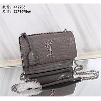 Yves Saint Laurent AAA Quality Messenger Bags #403436