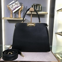 Fendi AAA Quality Handbags #438312