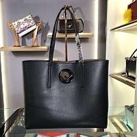 Fendi AAA Quality Handbags #438347