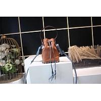 Fendi AAA Quality Messenger Bags #438382