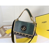 Fendi AAA Quality Messenger Bags #438517
