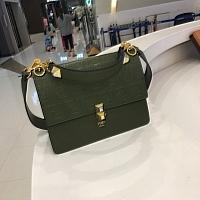 Fendi AAA Quality Messenger Bags #438597