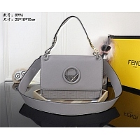 Fendi AAA Quality Messenger Bags #445185