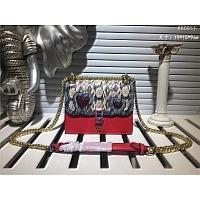 Fendi AAA Quality Messenger Bags #445204