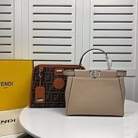 Fendi AAA Quality Handbags #447578