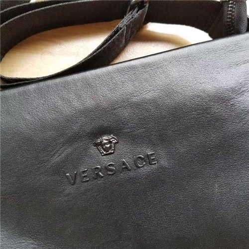 Cheap Versace AAA Quality Messenger Bags For Men #457603 Replica Wholesale [$86.33 USD] [W#457603] on Replica Versace AAA Man Messenger Bags