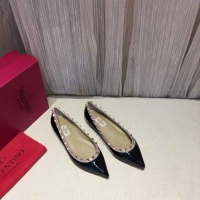Valentino Flat Shoes For Women #470494