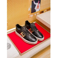 Versace Casual Shoes For Men #472452