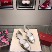 Roger Vivier Flat Shoes For Women #480666