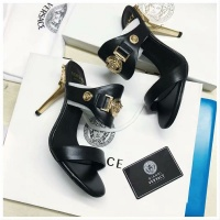Versace Fashion Slippers For Women #480906