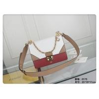 Fendi AAA Quality Messenger Bags #482780