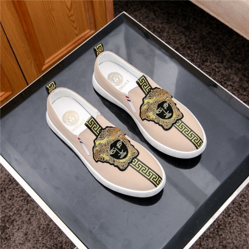 Cheap Versace Casual Shoes For Men #487920 Replica Wholesale [$66.93 USD] [W#487920] on Replica Versace Fashion Shoes