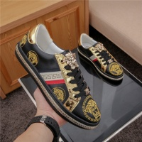 Versace Casual Shoes For Men #487971