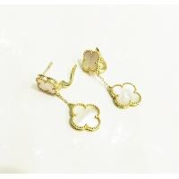 Van Cleef & Arpels AAA Quality Earrings #505268