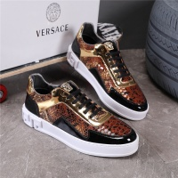 Versace Casual Shoes For Men #508671