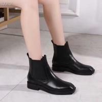 Alexander McQueen Boots For Women #519652