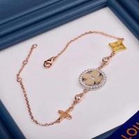 Louis Vuitton LV AAA Quality Bracelets #523239
