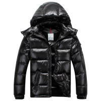 Moncler Jackets Long Sleeved Zipper For Men #523413