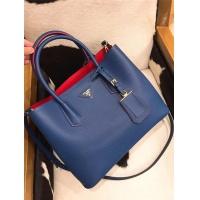 Prada AAA Quality Handbags #525018