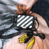 Off-White AAA Quality Messenger Bags #525168