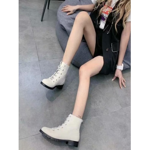 Cheap Jimmy Choo Boots For Women #525765 Replica Wholesale [$95.06 USD] [W#525765] on Replica Jimmy Choo Boots