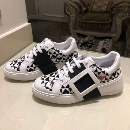 Cheap Roger Vivier Casual Shoes For Women #526089 Replica Wholesale [$95.06 USD] [W#526089] on Replica Roger Vivier Shoes
