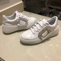 Cheap Roger Vivier Casual Shoes For Women #526091 Replica Wholesale [$95.06 USD] [W#526091] on Replica Roger Vivier Shoes