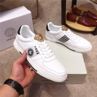 Versace Casual Shoes For Men #526541