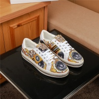 Versace Casual Shoes For Men #526552