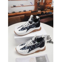 Versace Casual Shoes For Men #528438