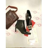 Roger Vivier Boots For Women #529180