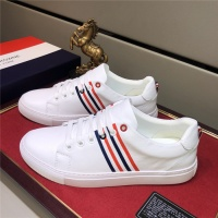 Thom Browne Casual Shoes For Men #530692