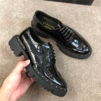 Versace Casual Shoes For Men #533784