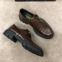 Versace Casual Shoes For Men #533804