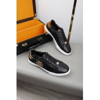 Versace Casual Shoes For Men #536100