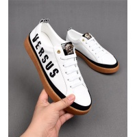 Versace Casual Shoes For Men #538376