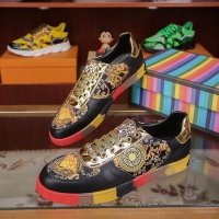 Versace Casual Shoes For Men #539130