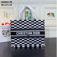 Christian Dior AAA Handbags #540508