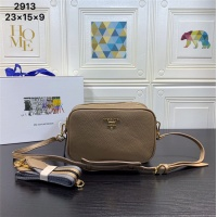 Dior AAA Quality Messenger Bags #540569