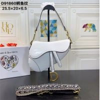 Dior AAA Quality Messenger Bags #540951