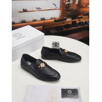Versace Casual Shoes For Men #541211