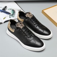Versace Casual Shoes For Men #543302