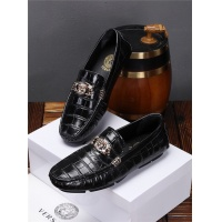 Versace Casual Shoes For Men #543564