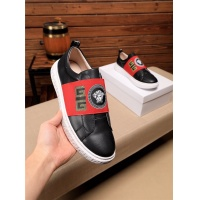Versace Casual Shoes For Men #546634