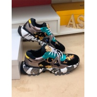 Versace Casual Shoes For Men #548332